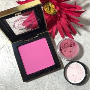 Clearance NWOT colorful blush highlight bundle